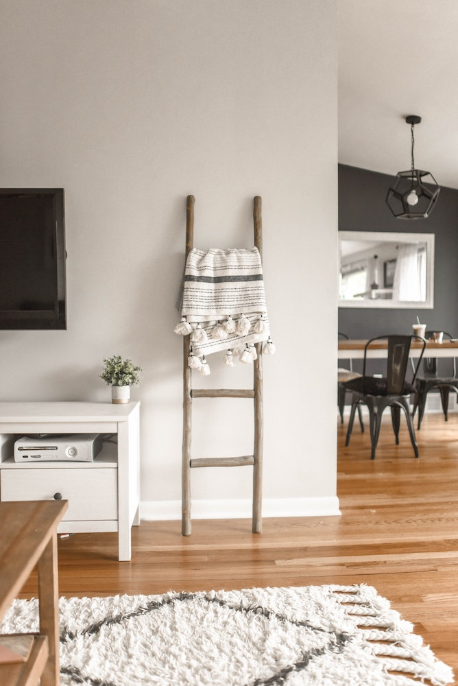 Comment décorer son intérieur avec un tapis berbère fait main ?